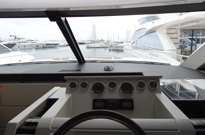 cannes-boat-show-2013-fotostrecke-part1-21