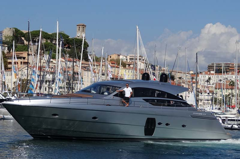 cannes-boat-show-2013-fotostrecke-part2-02