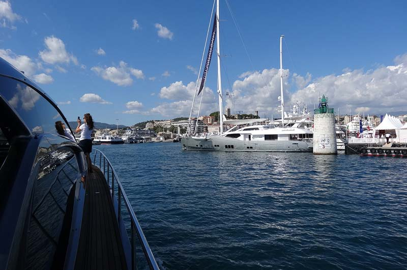 cannes-boat-show-2013-fotostrecke-part2-11
