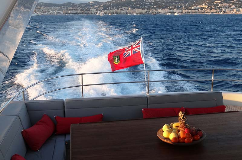 cannes-boat-show-2013-fotostrecke-part3-01