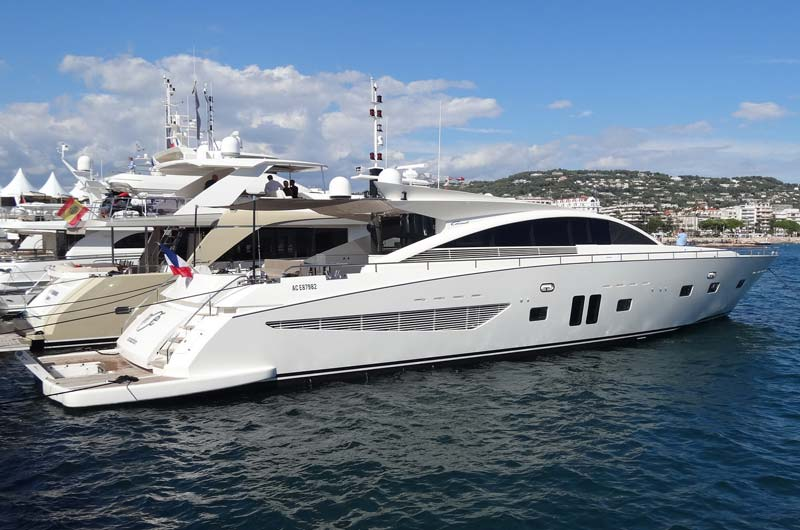 cannes-boat-show-2013-fotostrecke-part3-21