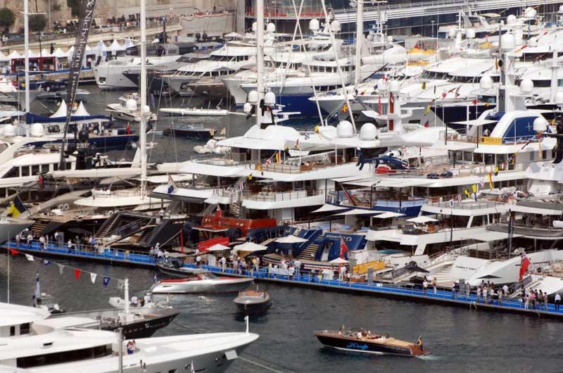 Monaco Yacht Show 2013 08