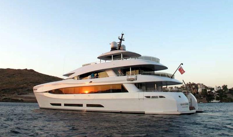 Luxus katamaran  Curvelle Quaranta - Luxus-Katamaran auf der boot 2014 | Boot Online
