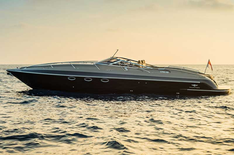 hunton-xrs43-cannes-2014-03