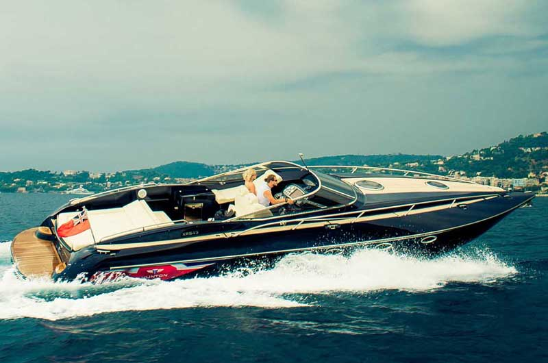hunton-xrs43-cannes-2014-04
