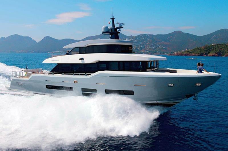 Oceanic 90 Yacht Bild-01
