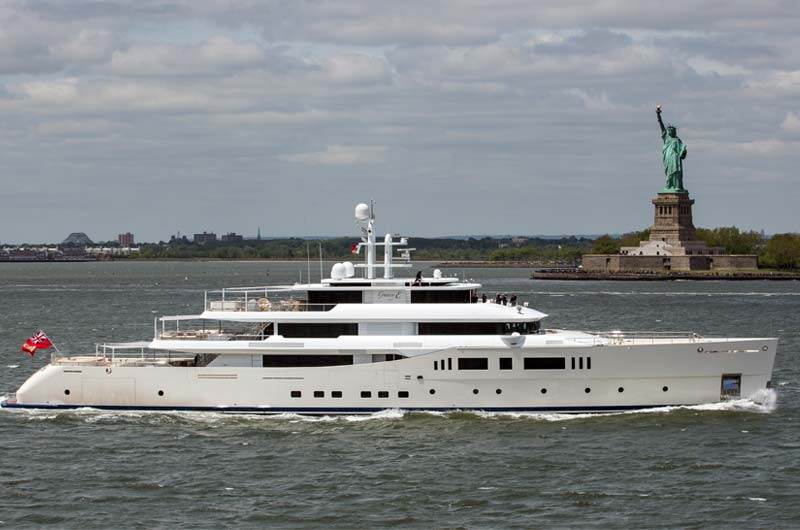 Perini Navi Grace E Superyacht in New York Bild-05