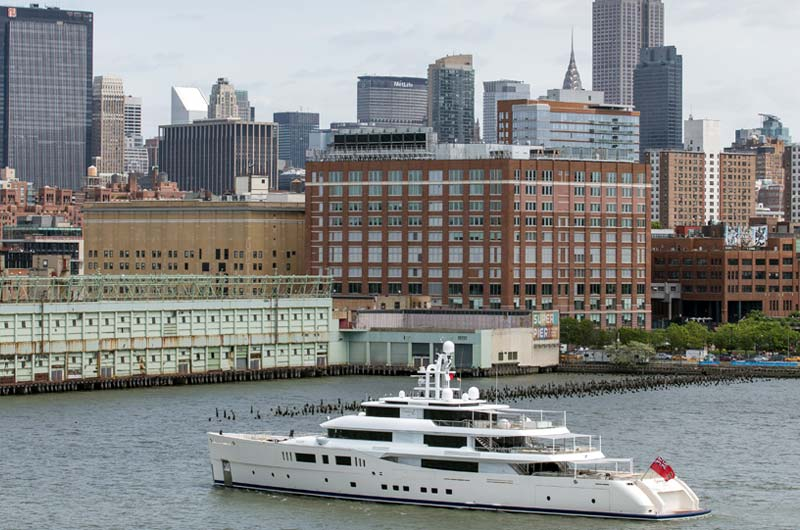 Perini Navi Grace E Superyacht in New York Bild-06