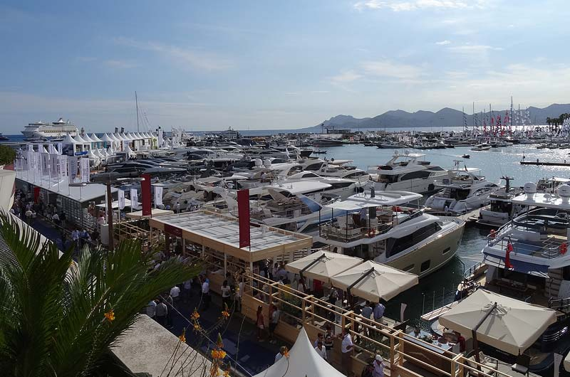 cannes-yachting-festival-2015-bilder-02