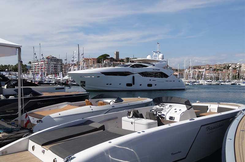 cannes-yachting-festival-2015-bilder-12