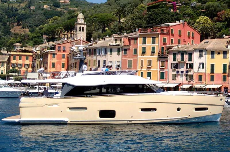 cannes-yachting-festival-2015-premieren-motorboote-07