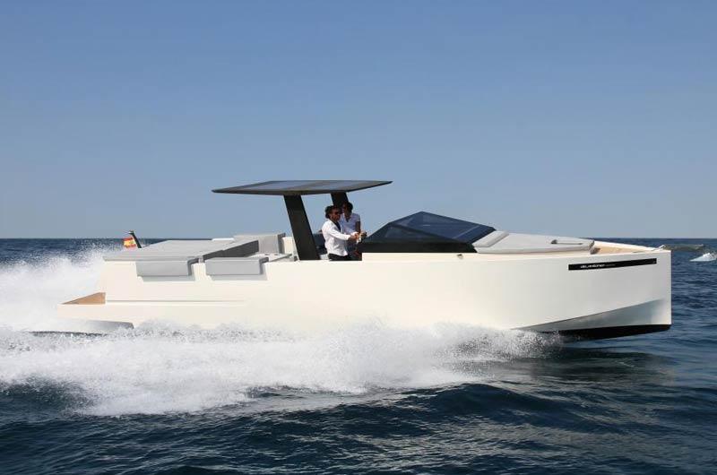 D33 der spanischen Werft De Antonio Yachts