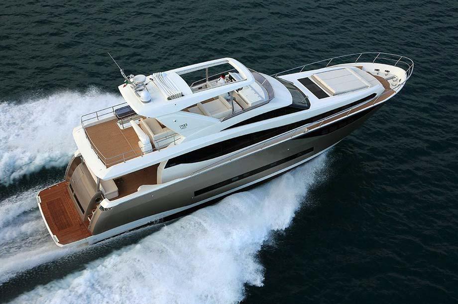 Prestige Yachts Modelle Bild-02