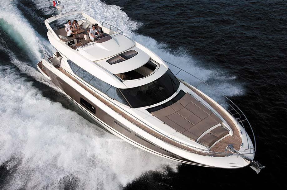 Prestige Yachts Modelle Bild-03