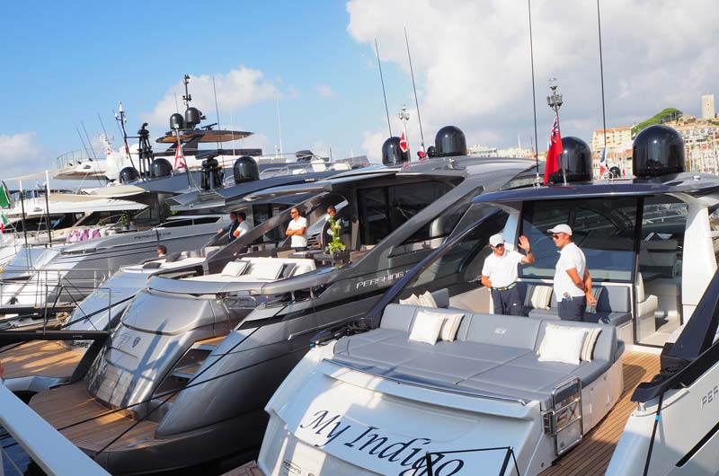 Cannes Yachting Festival 2016 02