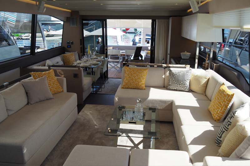 Cannes Yachting Festival 2016 08