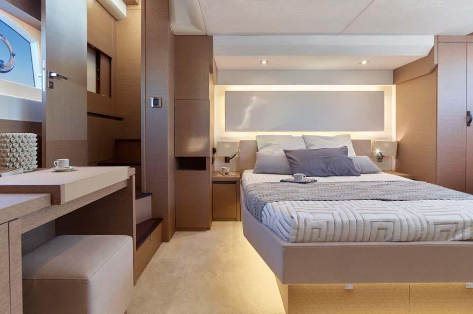 Prestige 630 Yacht Mastkabine