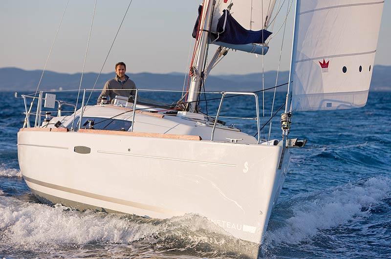 Oceanis Yacht 31 in Fahrt
