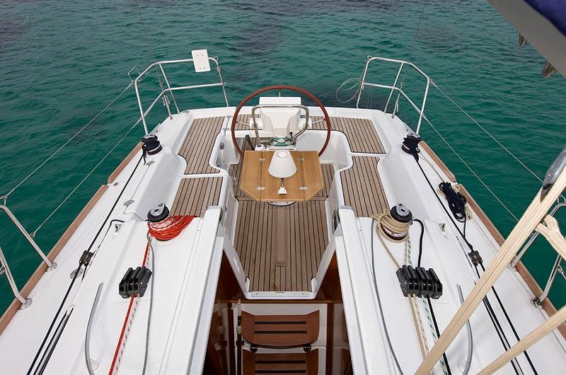 Oceanis Yacht 31 Steuerstand