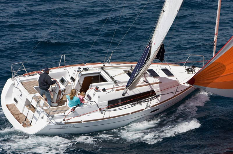 Oceanis Yacht 31