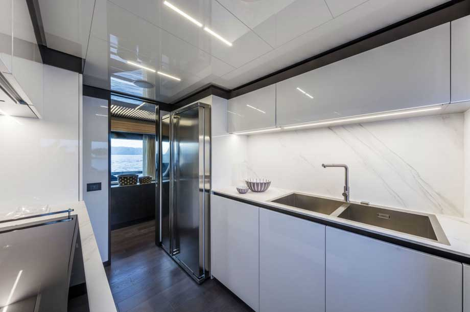 Ferretti 920 galley